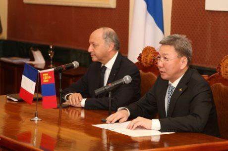 Fabius-Bold (Ministry of Foreign Affairs Mongolia_460