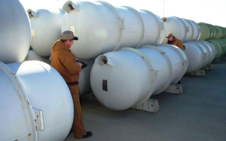 Depleted uranium hexafluoride cylinders (DoE)_460