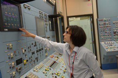 Control room at Lepreau (NB Power)_380